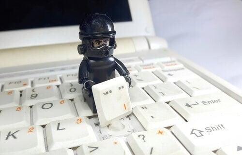 Psicologia del phishing: il pericolo in una email