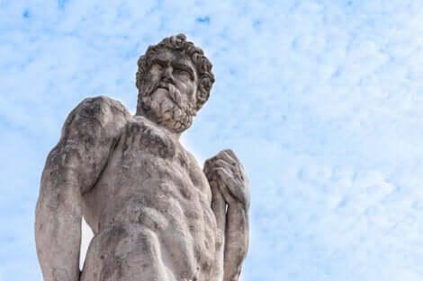 Statua di Ercole.