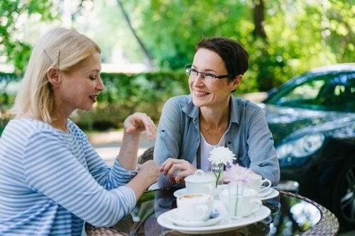 Fare amicizia da adulti: come riuscirci?