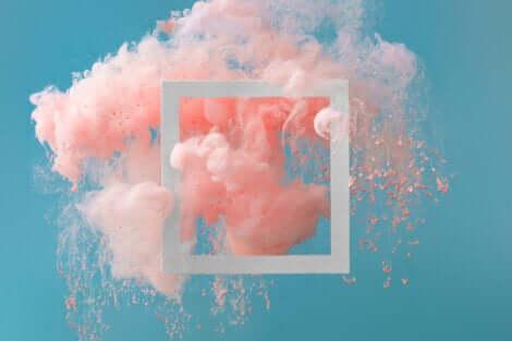 Quadro astratto con fumo rosa.