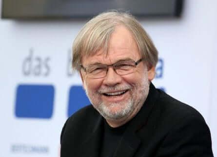 Jostein Gaarder è l'autore de il mondo di Sofia.