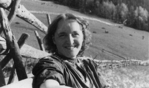 Foto di Elisabeth Kübler-Ross da giovane.