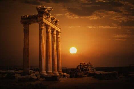 Tempio di Apollo al tramonto.