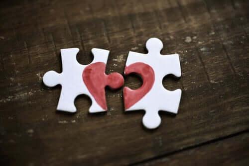 Sentimenti che confondiamo con l'amore