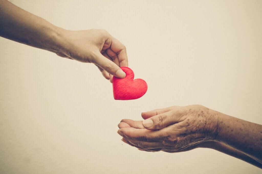 Aiutiamo per empatia o per ansia?