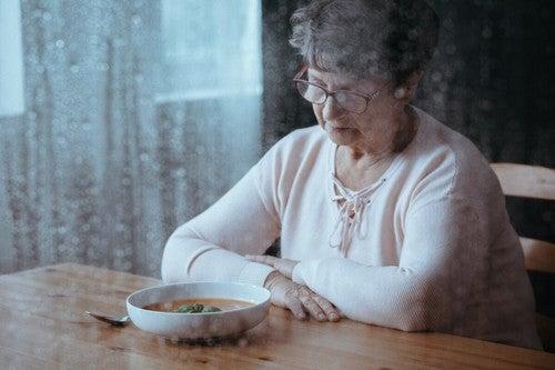 Perdita dello appetito nella persona anziana.
