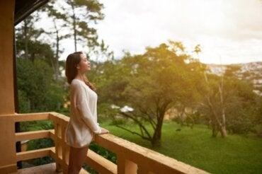 Vivere a contatto con la natura: benefici psicologici