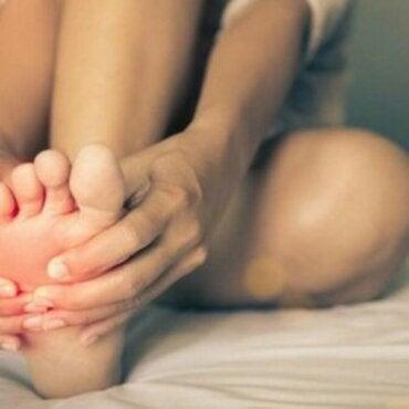 Sindrome dei piedi brucianti: cos'è?