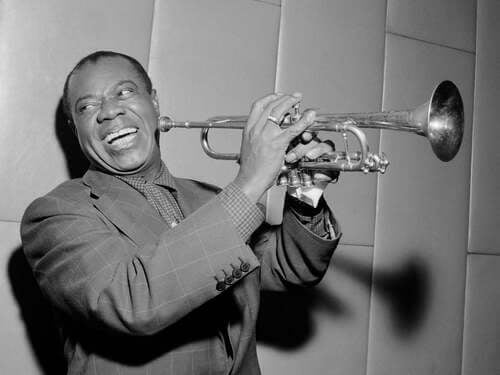 Louis Armstrong, biografia del genio del jazz