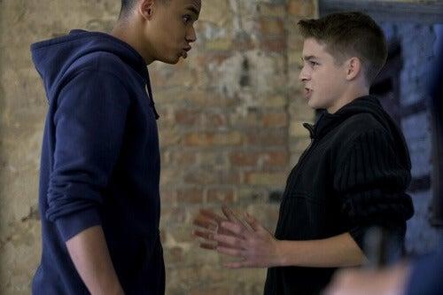 Adolescenti aggressivi: cause e prevenzione