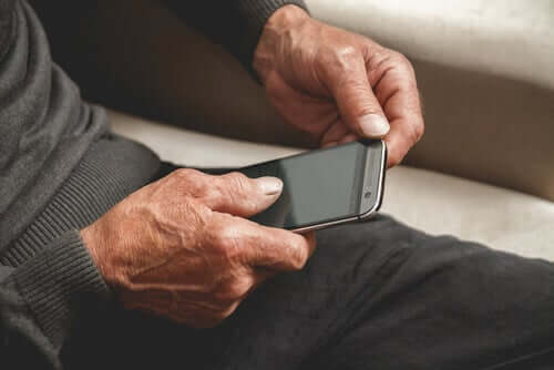 Il morbo di Alzheimer e app per dispositivi mobili