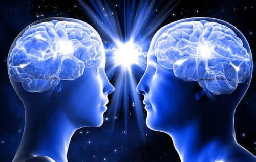 Il contatto visivo prepara alla connessione