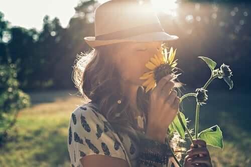 Una persona è come una pianta che ha bisogno di cure