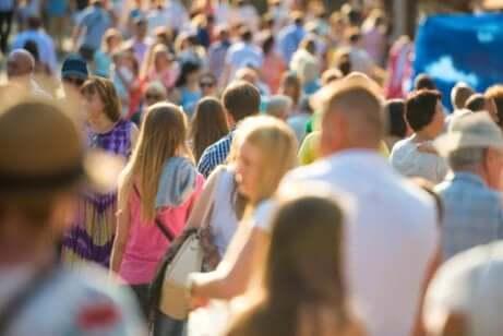 Folla di turisti.