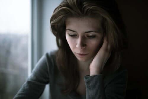 La cherofobia: paura irrazionale della felicità