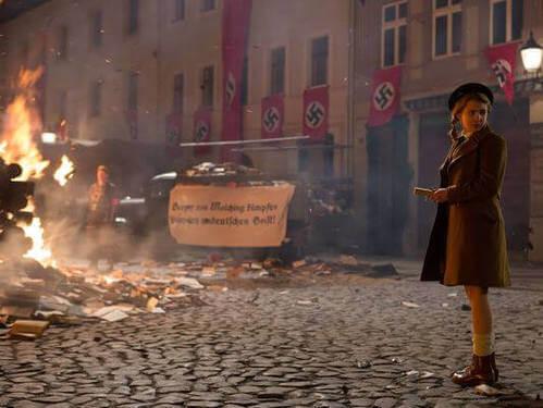 Scena del film Storia di una ladra di libri.