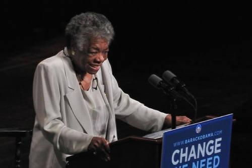 Maya Angelou a una conferenza.