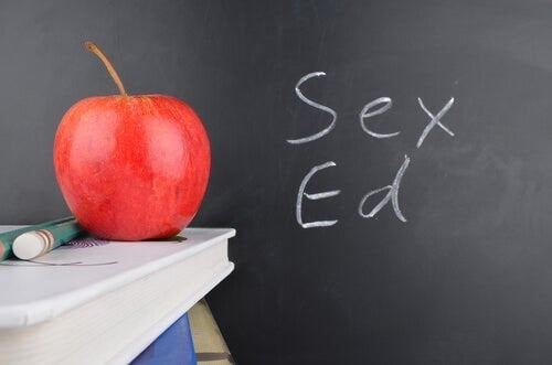Educazione sessuale, a chi deve essere diretta?