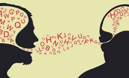 Immagine di due persone che comunicano.