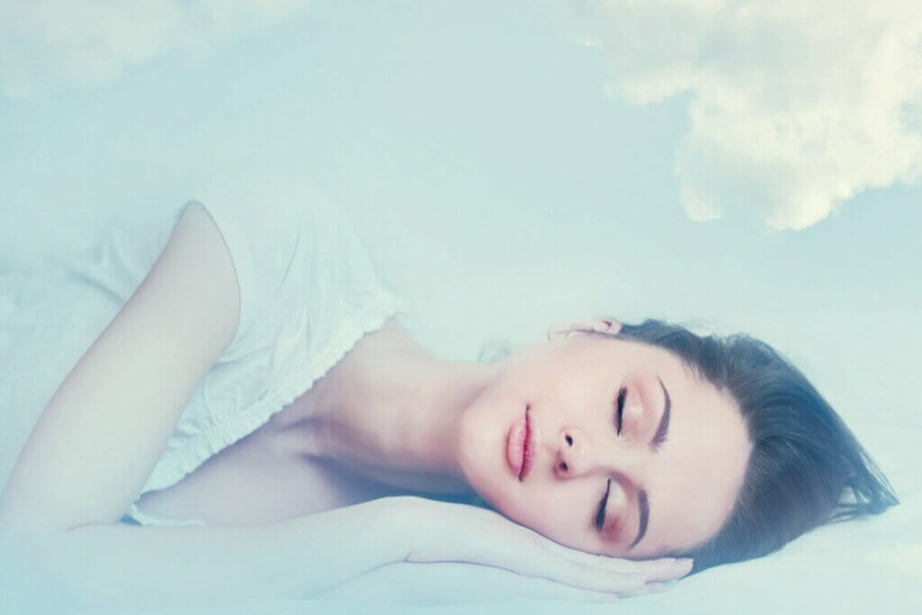 Ragazza che sogna.