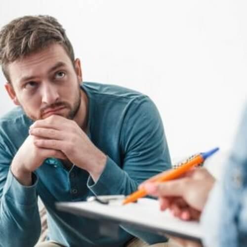 Chiedere aiuto a uno psicologo, perché è difficile?