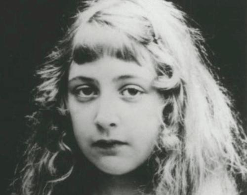 Agatha Christie da bambina.