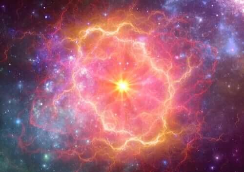 Esplosione supernova spazio.