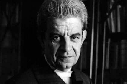 Jacques Lacan in bianco e nero.