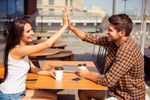 Amicizia tra uomo e donna: è davvero possibile?