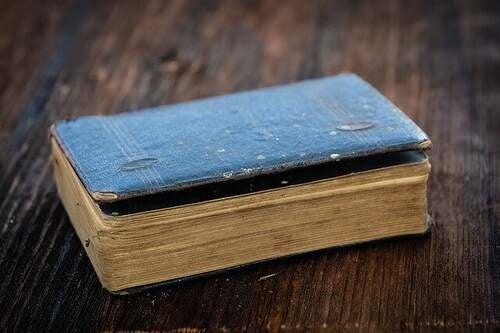 Libro antico.