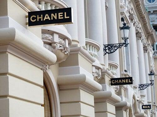 Maison Chanel.