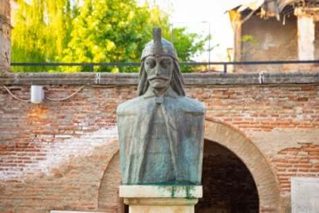 Statua di vlad tepes.