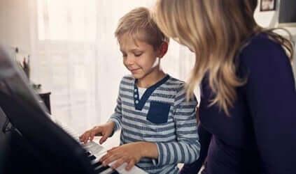 Musicoterapia per i bambini con autismo