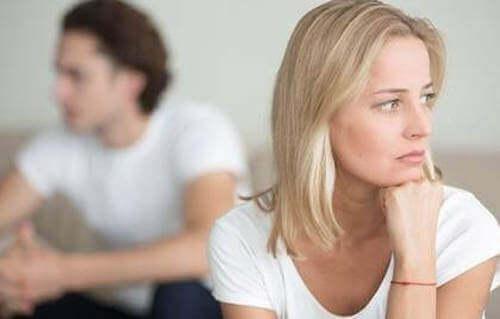 John Gottman e coppia con problemi di comunicazione.