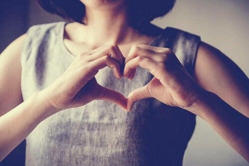 Autoempatia: contatto affettuoso con noi stessi