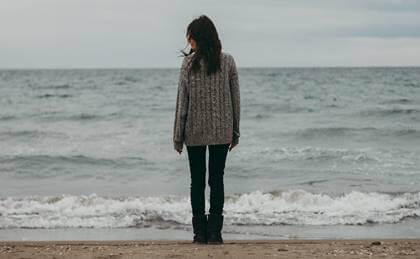 Vivere senza gioia: normalizzare lo sconforto