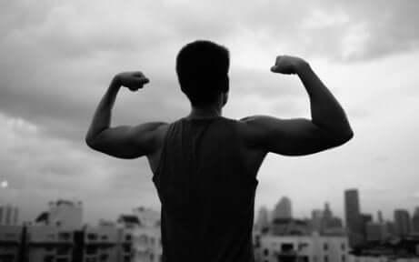 Uomo con livelli di testosterone alti.