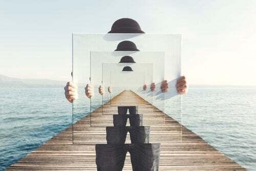 Illusione ottica di uno specchio.