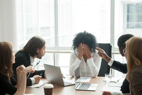 Mobbing sul posto di lavoro: i tipi più comuni