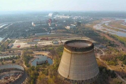 Una centrale nucleare.