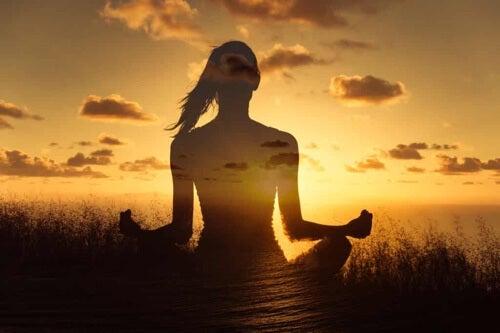 Donna che medita.