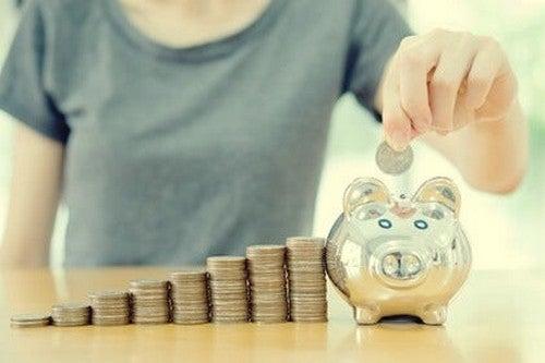 Psicologia del risparmio e acquisti intelligenti