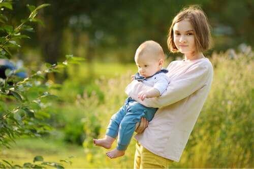 Educare il bambino e l'adolescente: 3 differenze