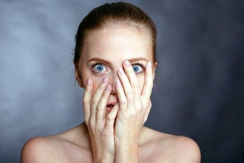 Paure apprese: i timori che ci inculcano gli altri