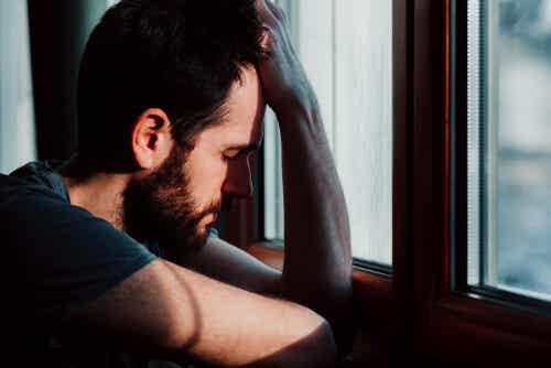 Disperazione uomo depresso.