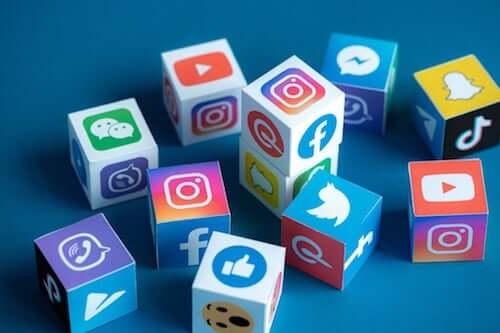 Curiosità sui social network