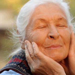 Fasi della vecchiaia: cambiamenti fisici e psicologici