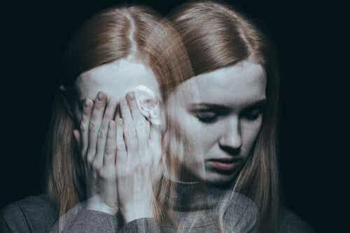 Trattamento delle malattie mentali e ragazza con schizofrenia.